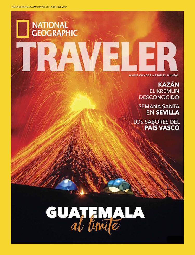 portada traveler sergio izquierdo guatemala - Guatemala forma parte de la portada del mes de abril de National Geographic