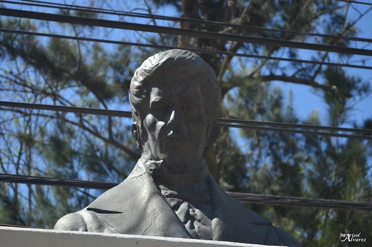 jose cecilio 1 - Los Monumentos en la Avenida de las Américas, ciudad de Guatemala