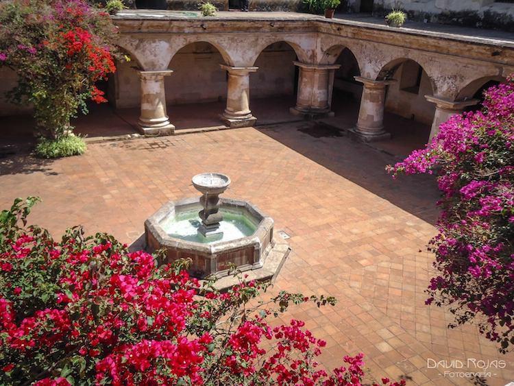 convento de capuchinas la antigua guatemala 3 foto por david rojas - 9 Conventos en La Antigua Guatemala