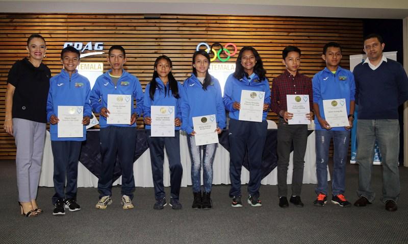 Reconocimiento a grandes atletas guatemaltecos