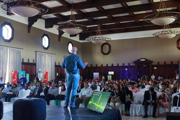 engel fonseca mex en conferncia transformacion digital - INNOVATE Summit reúne más de 700 emprendedores