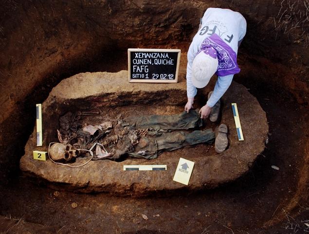fafg fotos - El trabajo de la Fundación de Antropología Forense