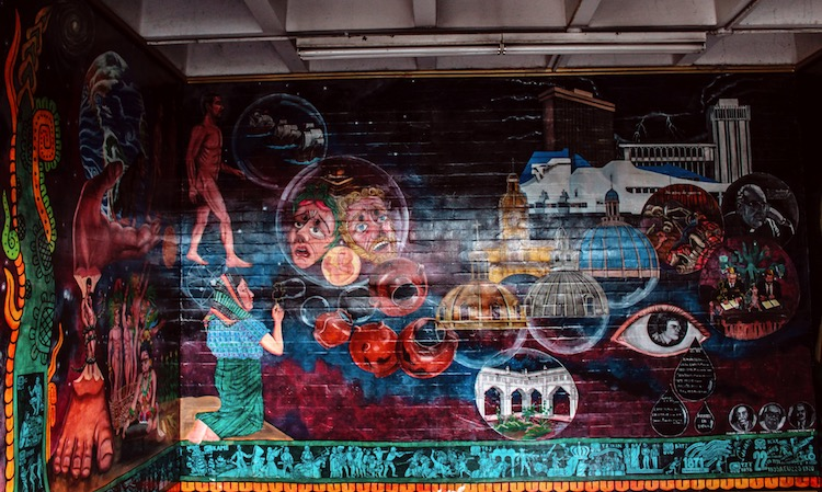 10 evolucion de la humanidad - Murales que cuentan la historia del país