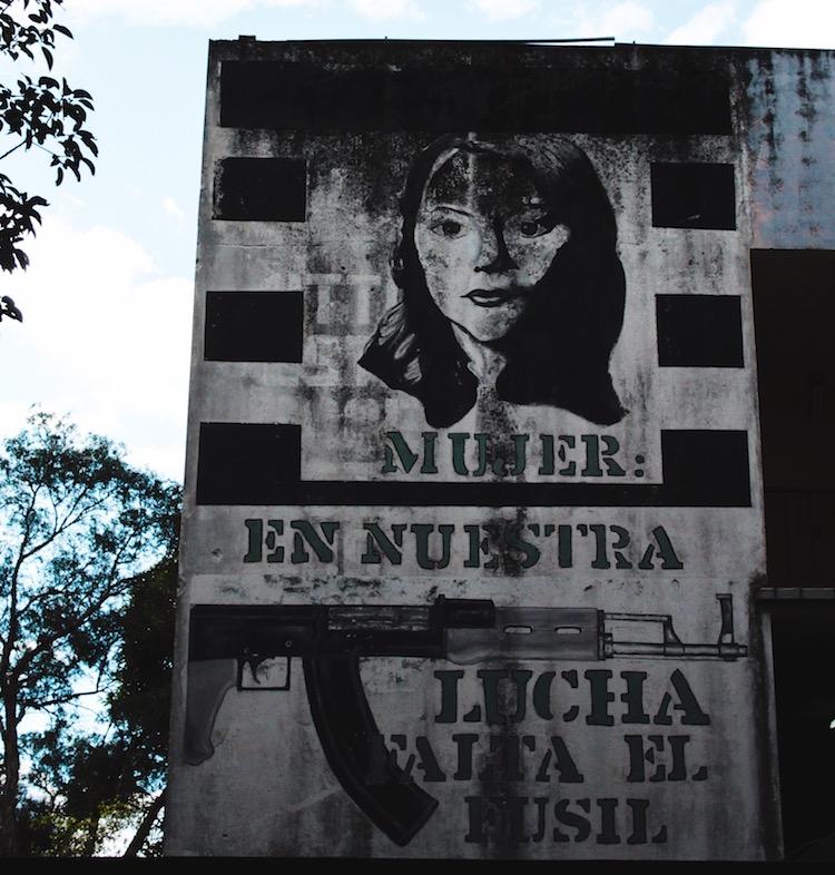 4 plaza rogelia cruz - Murales que cuentan la historia del país