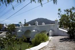 img 8708 1 - Puente de la Gloria en Amatitlán, un monumento histórico nacional