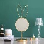 Espejo decorativo de maquillaje conejo dorado