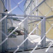 ausprison34043ue5