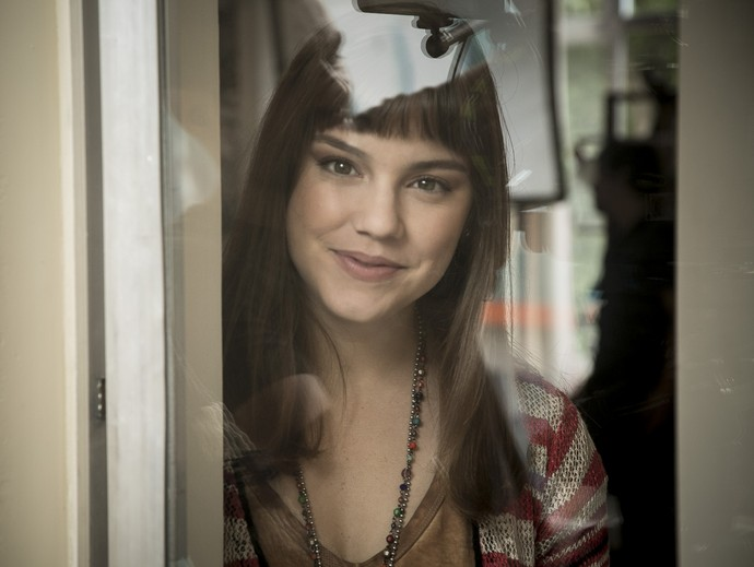 Look de Novela – Isabela, Alice Wegmann em A Lei do Amor