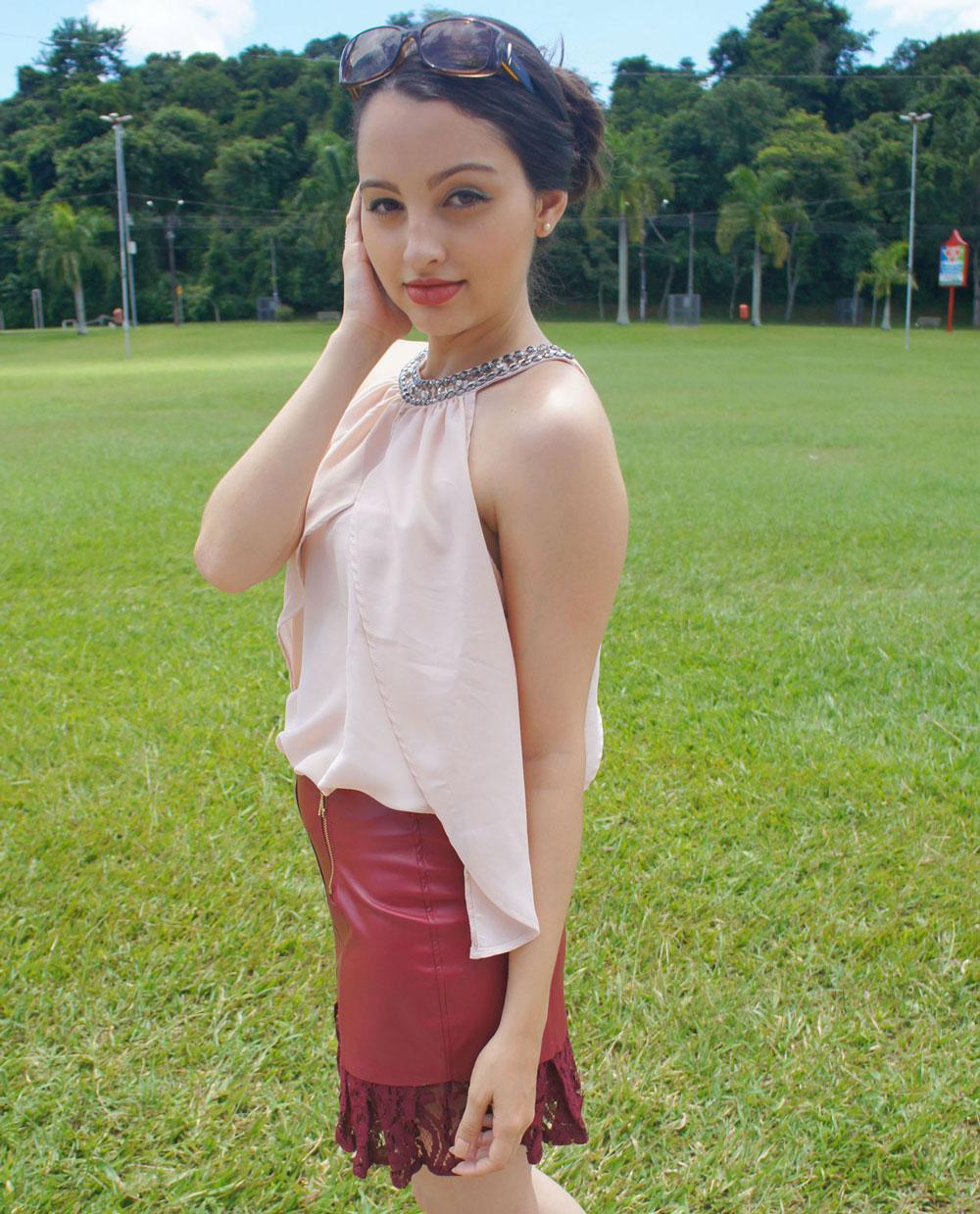 Look Saia Vinho