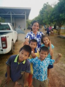 Nuan and her kids at housewarming party
