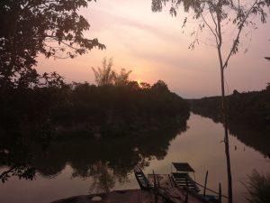 photos isan sunset over the river buengkan
