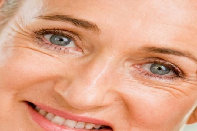 como tirar marcas de expressao dos olhos 300x200 - O melhor creme para área dos olhos