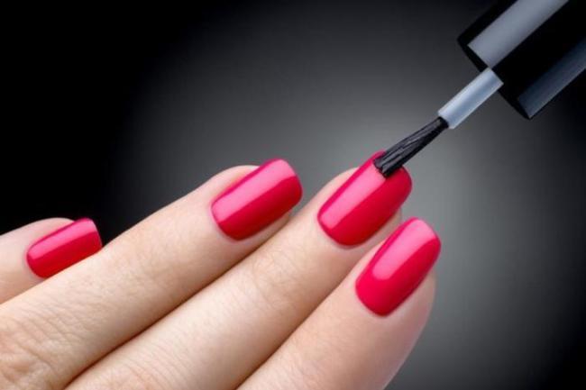 curso de manicure online 300x200 - Curso de manicure e pedicure online: Aprenda como tirar cutícula perfeita