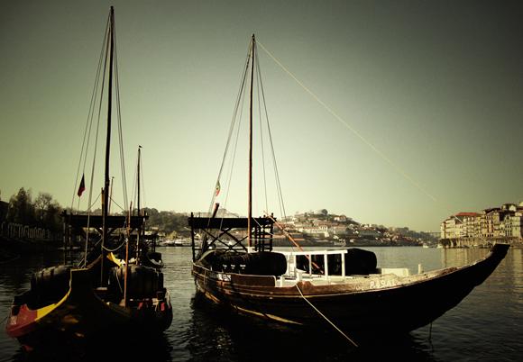 barcos rabelos, cais de vila nova de gaia