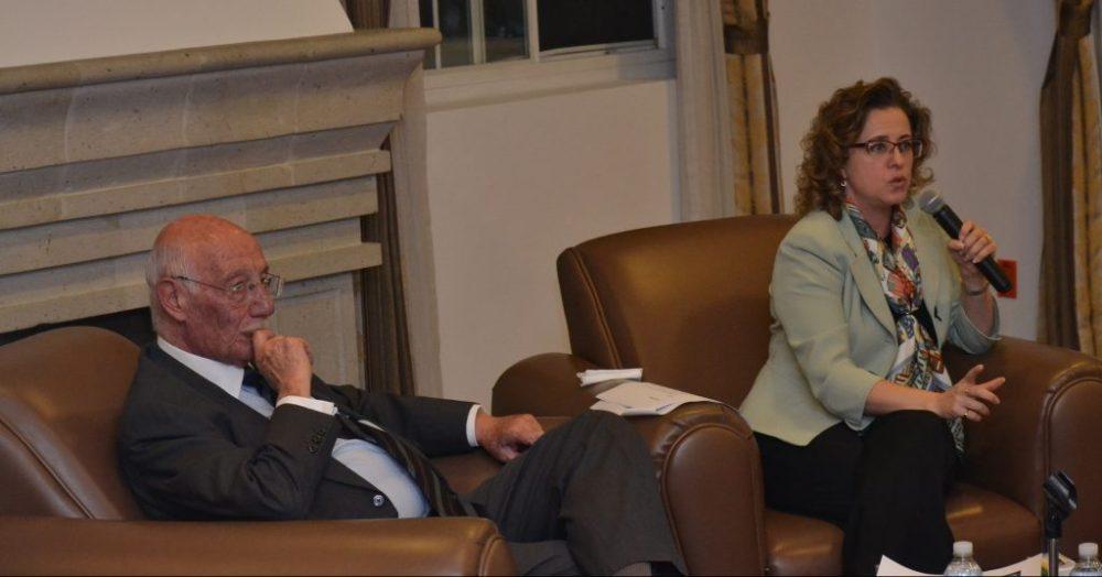 Profesor Alberto Napolitano Niosi y Shelley M. Hayes. FOTO: ITAM