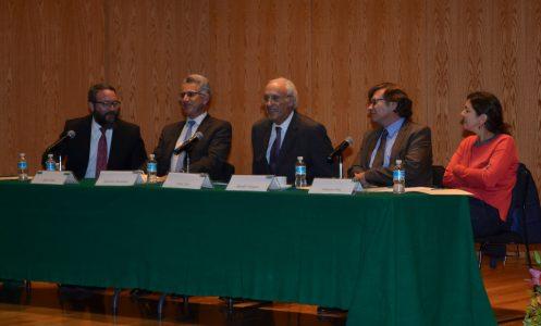 Jorge Cerdio, Alejandro Hernández,, Owen Fiss, Rodolfo Vázquez y Francisca Pou. FOTO: ITAM