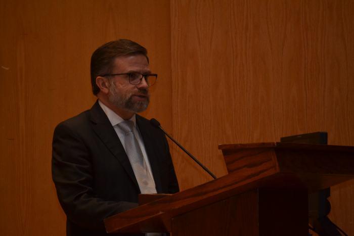 Dr. Alejandro Ordieres