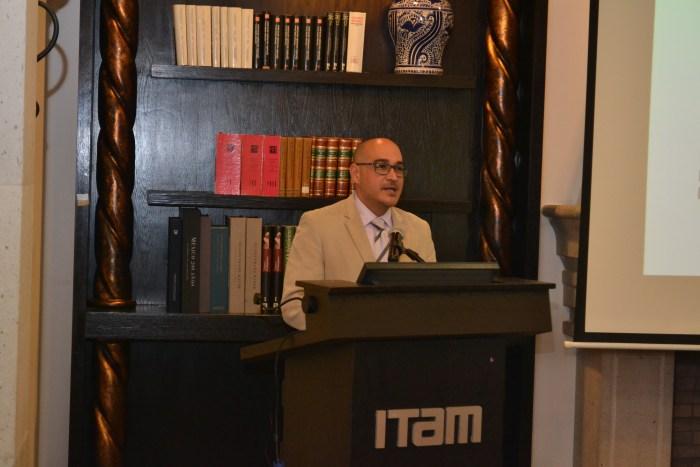 Dr. Carlos Gutiérrez, profesor del ITAM.
