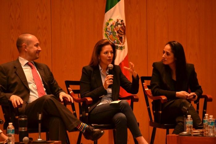 Horacio Vives, Mónica Aspe y Mónica Maccise