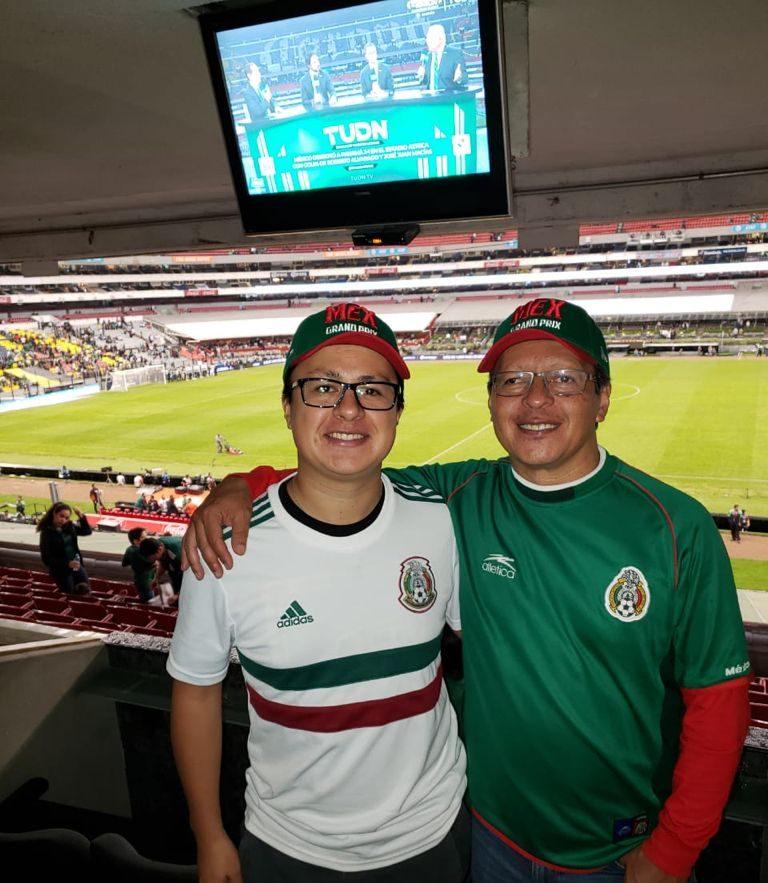 Eduardo Nateras, en un partido de la selección mexicana.