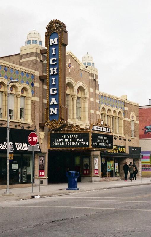 Cine Michigan - Canon ESO500N - Film 200