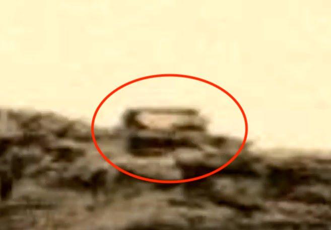 Estatua Alien y edificio encontrados en Marte en fotografías de la NASA