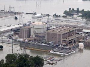 EE.UU. insta a la censura sobre noticias de la dañada Planta Nuclear de Nebraska
