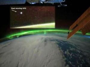 OVNI camino hacia la Aurora austral – Marzo 2012