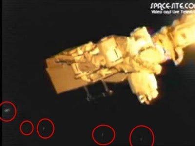 Flota de OVNIs alrededor de la ISS – Febrero 28, 2013