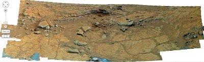 Zoom y descubre tus propias anomalías marcianas – 2013