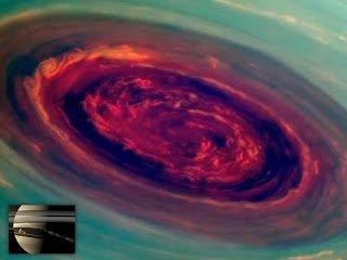 Misterioso huracán en el Polo Norte de Saturno – 2013