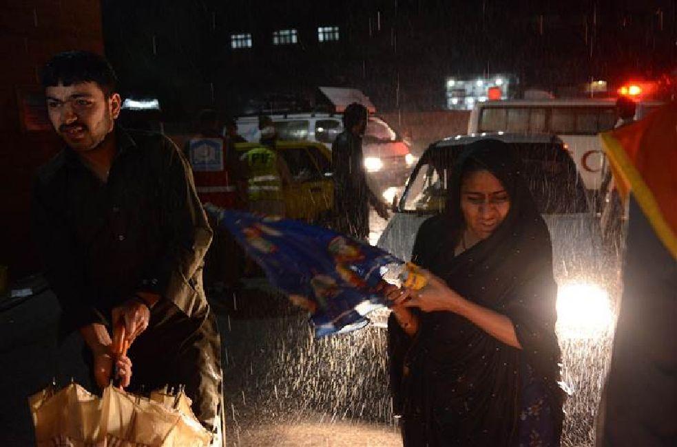 Fuerte tormenta de viento en Pakistán