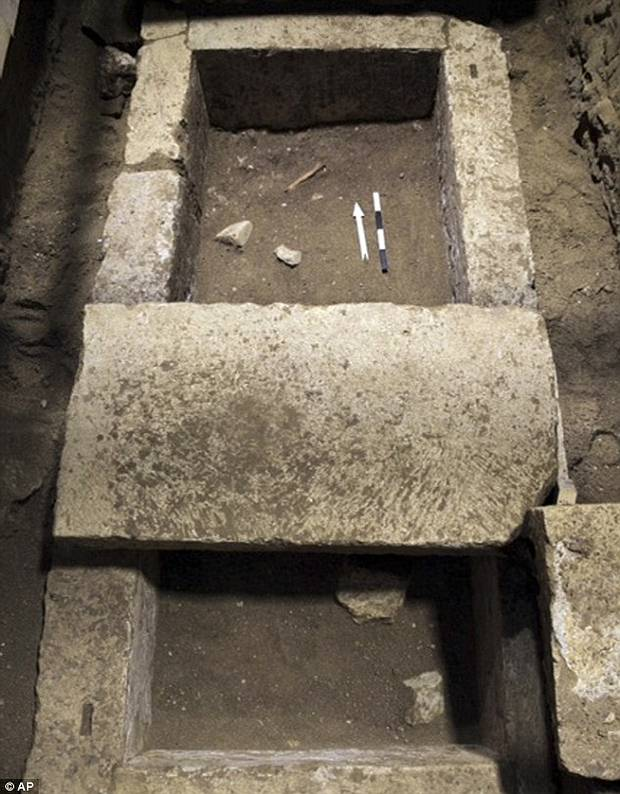 anfipolis man2 - El residente de la tumba de Anfípolis es un general macedonio