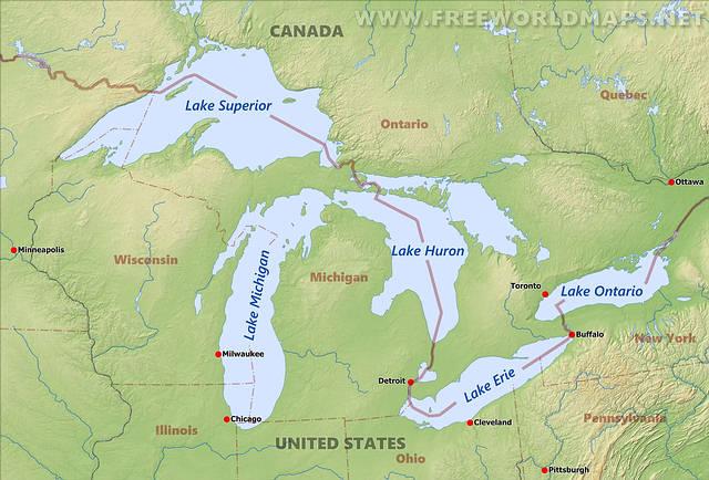 El lago Ontario es el menor de los cinco Grandes Lagos de América del Norte, con una superficie de 19.477 km². Pertenece a Estados Unidos y Canadá: la parte norte a la provincia canadiense de Ontario y la sur, donde está la península Niágara, al estado de Nueva York.