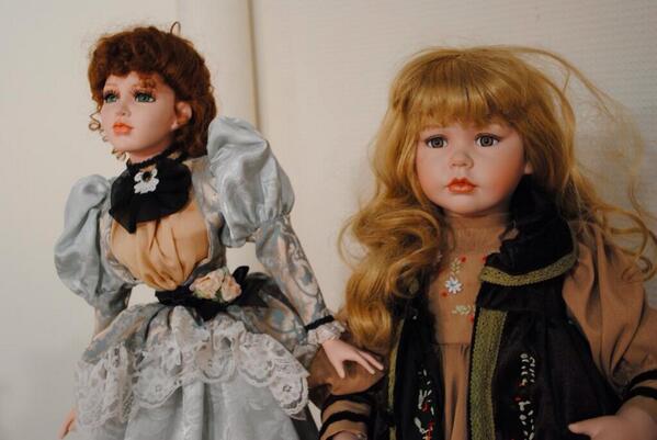 1tEwIFm - Katrin Reedik y su colección de muñecas embrujadas