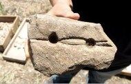 Losa de piedra descubierta para hacer fuego hace 9000 años