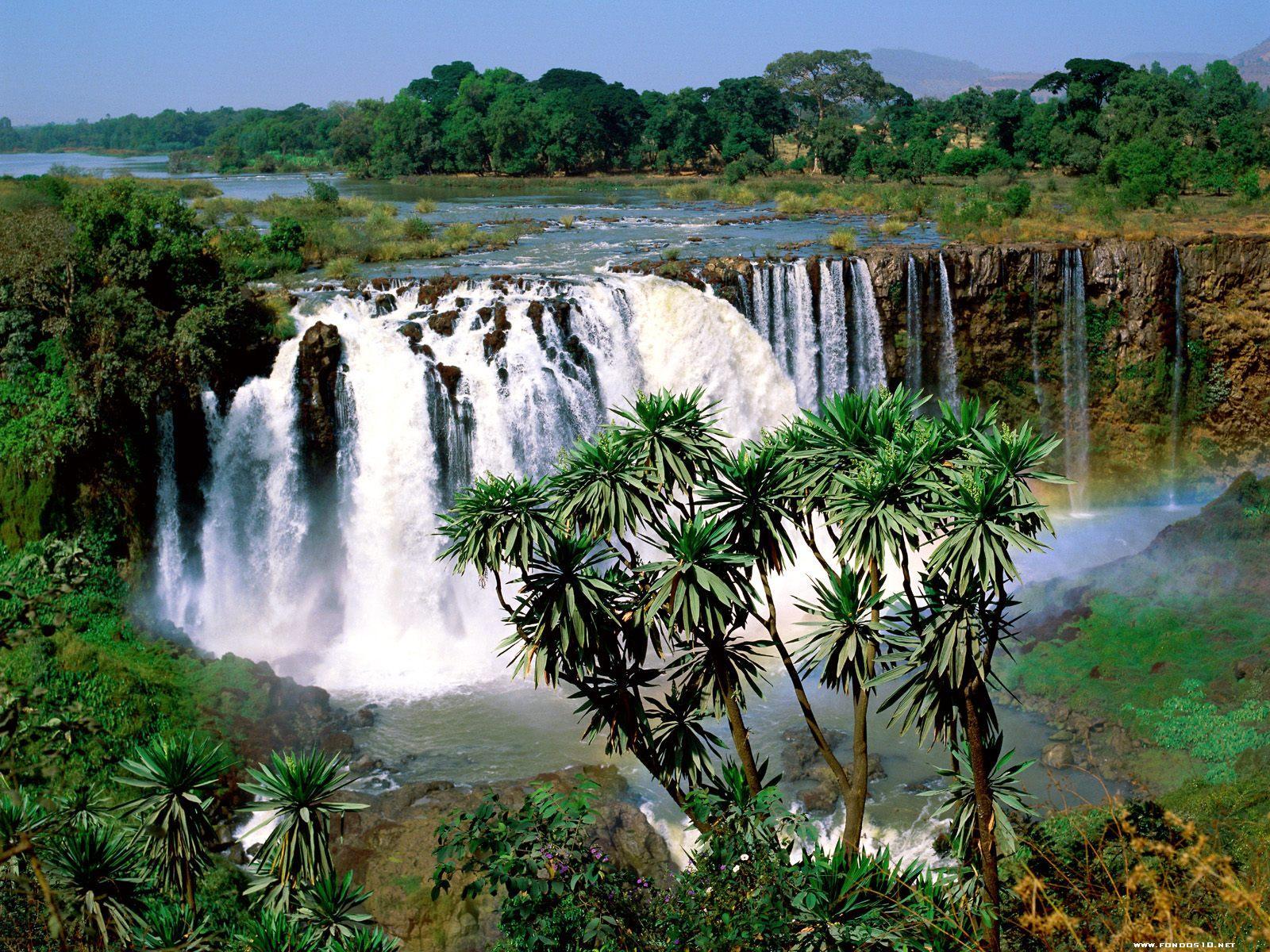 JV Blue Nile Falls Etiopia 1 - Julio Verne y sus increíbles vaticinios que parecían ciencia ficción y hoy son toda una realidad.