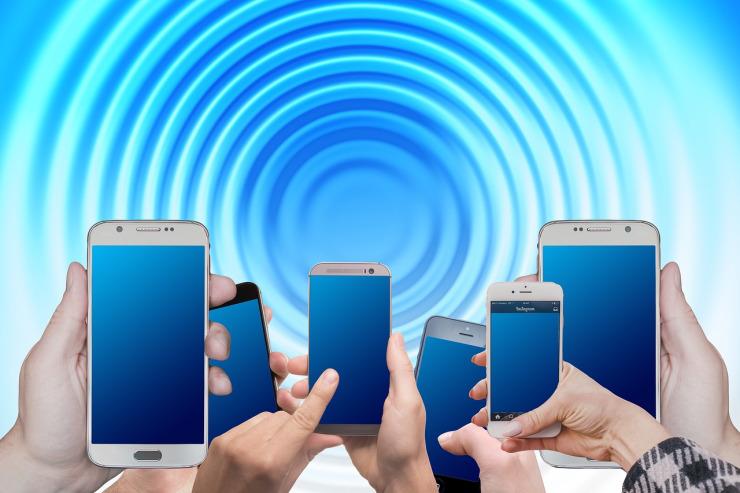 Aumentan los cánceres de cuello y cabeza en Suecia, la cuna del teléfono móvil.