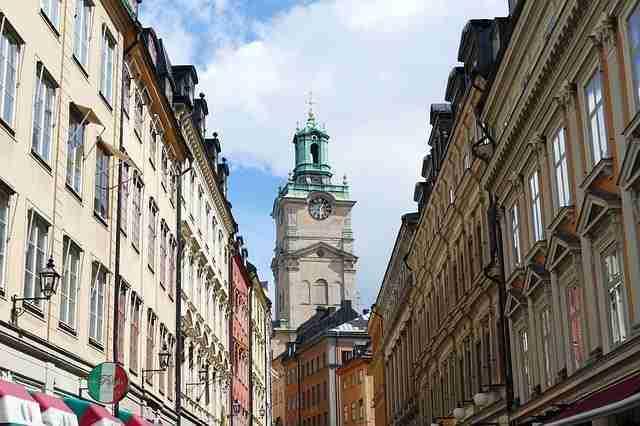 منح المعهد السويدي Swedish Institute Scholarships for Global Professionals