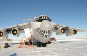 avión Ilyushin 76