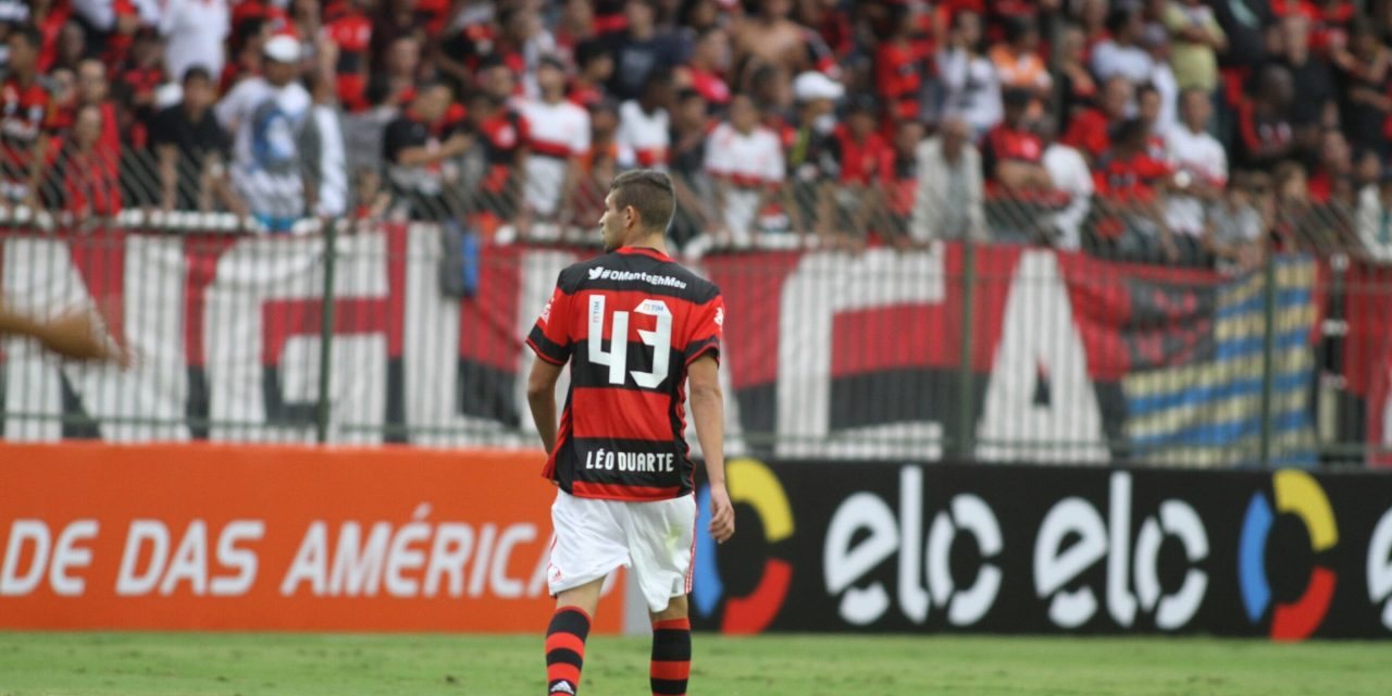 Léo Duarte substitui Wallace e agradece apoio do companheiro Juan