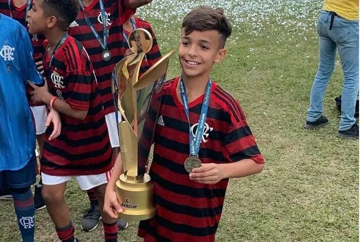 Equipe sub-12 do Flamengo domina etapas da IberCup