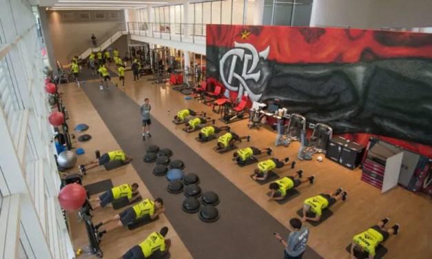 Flamengo anuncia economia com jogadores e altos cargos, mas não explica demissões de funcionários com salários baixos