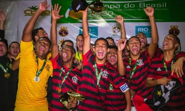 Flamengo derrota o Vasco e é campeão invicto de etapa da Copa do Brasil sub-20