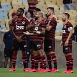 """Em post sobre BBB, Léo Pereira brinca com Gabigol: """"Pescoço pra baixo é canela, dica do Prior"""""""