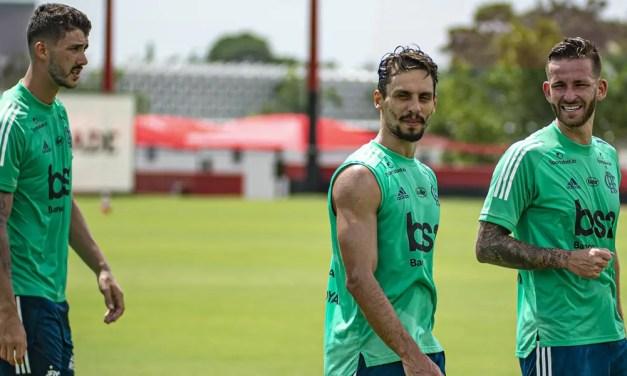 Rodrigo Caio volta a treinar no campo e deve jogar Supercopa