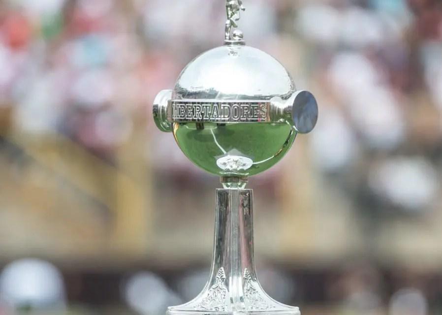 Taças da Libertadores e do Mundial estarão expostas na embaixada Fla Santa Inês-MA