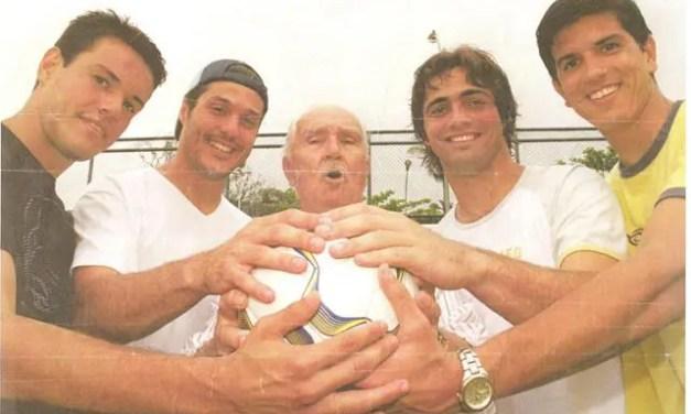 Você sabe o nome desses 40 goleiros que vestiram a camisa do Flamengo?