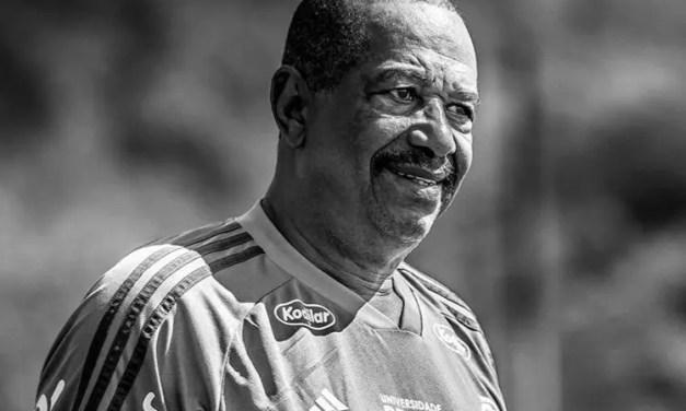 Jorginho, massagista do Flamengo há 40 anos, morre vítima da Covid-19