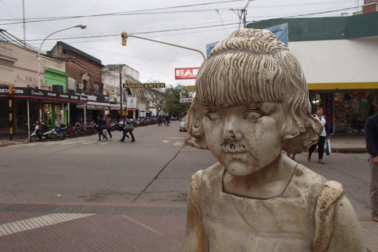 Uma das inúmeras esculturas da cidade de Resistência